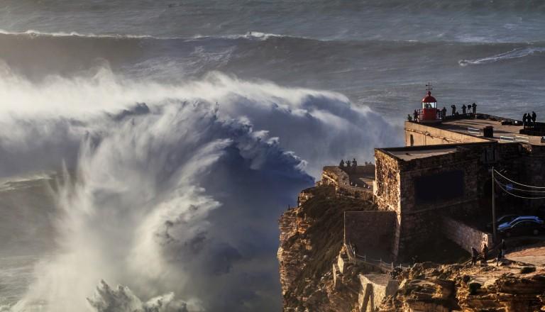 Nazare Portugal Surfen