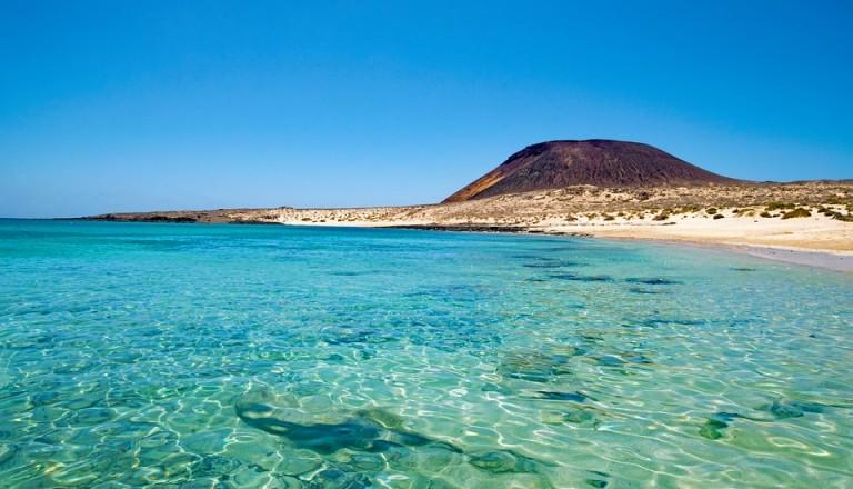 spanien la graciosa playa francesa strand meer insel