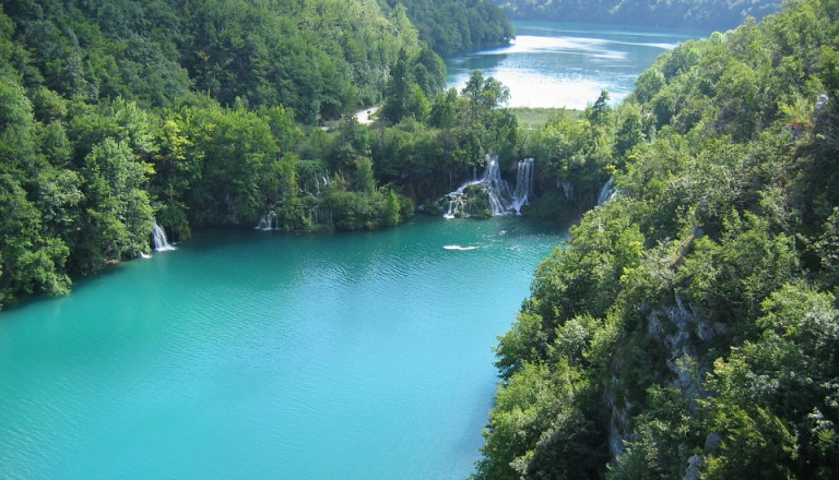 Wie wäre es mit einem Ausflug zu den Plitviver Seen?