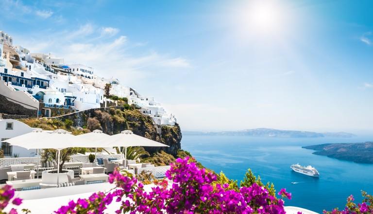 Santorin - Die griechische Trauminsel in der Ägäis. Reisen griechische Inseln.