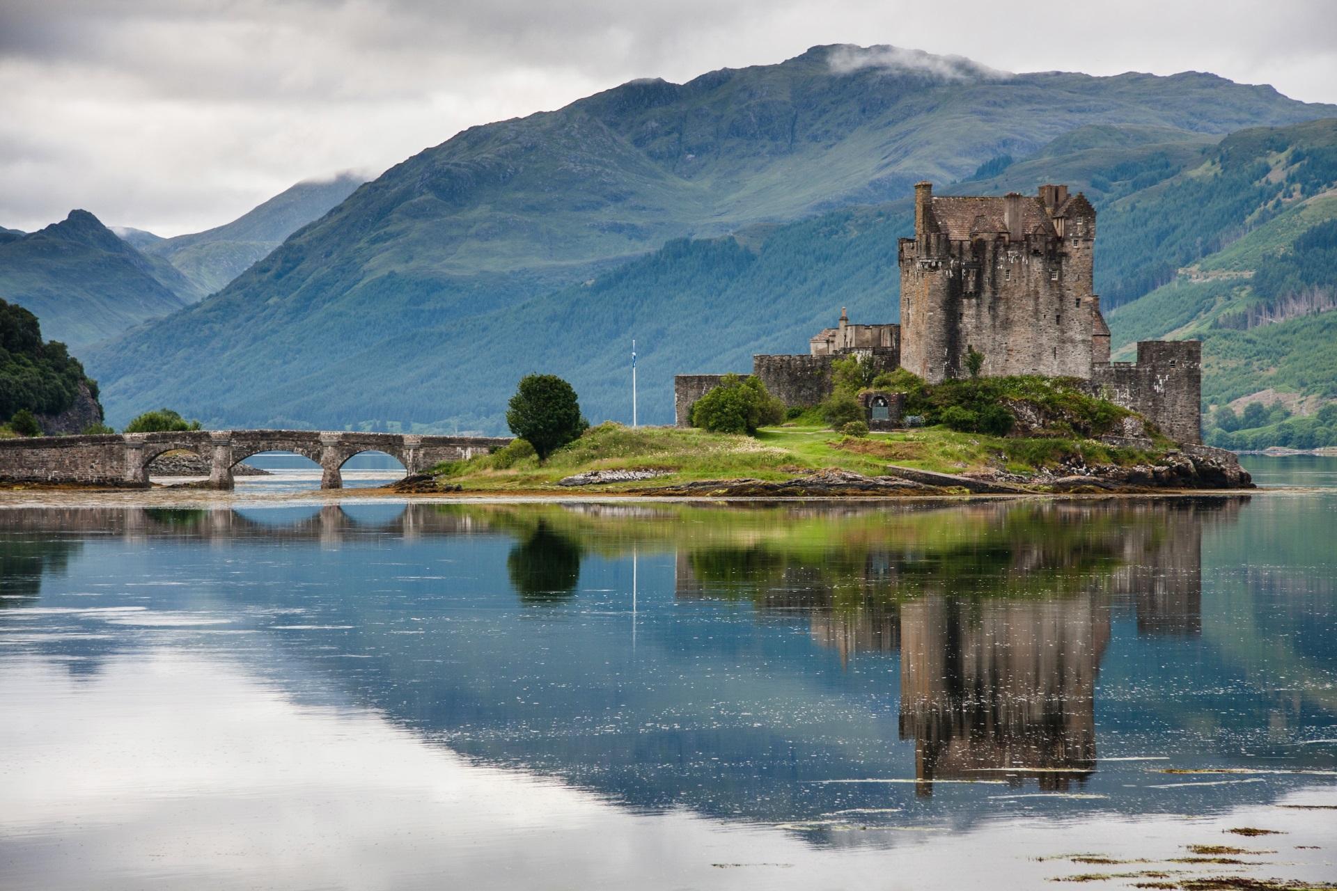 Eilean Donan Castle in Schottland. Rundreisen.