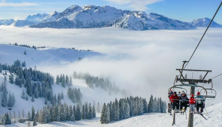 Skiurlaub Lift Österreich Alpen