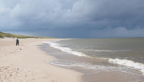 Die Wellen von Sylt eignen sich Ideal für Anfänger.Surfurlaub auf Sylt.