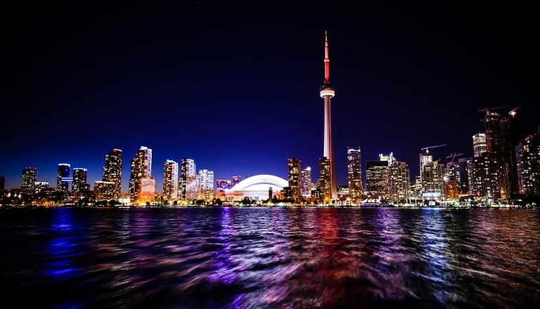 Skyline von Toronto bei Nacht