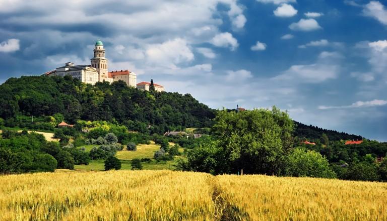 Das Kloster Pannonhalma in Ungarn.