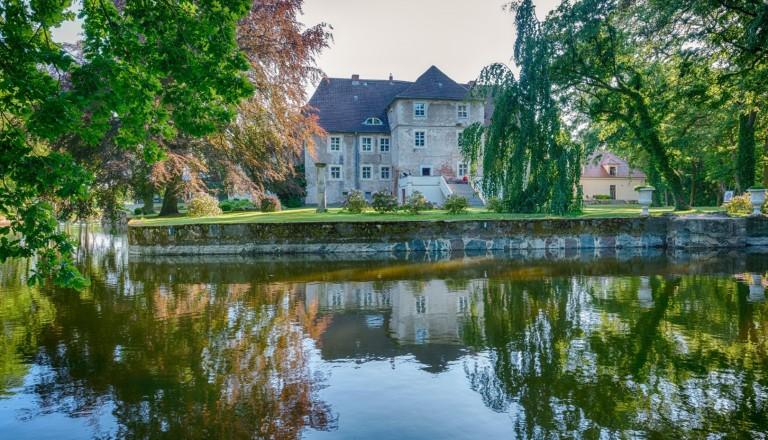 Das Schloss Mellenthin im Achterland auf Usedom.