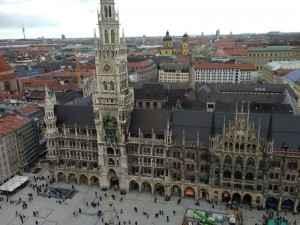 Das Münchner Rathaus auf dem Marienplatz