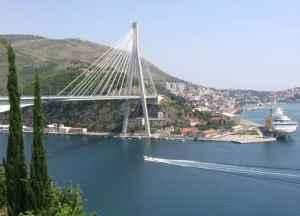 Die Franjo-Tuđman-Brücke in Dubrovnik