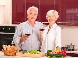 Seniorenreisen Gemeinsames Essen