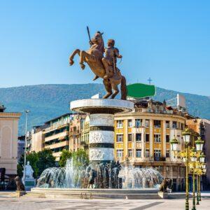 Mazedonien Platz in Skopje mit Statue Alexander des Großen