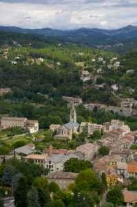 Französische Regionen laden zum Urlaub ein