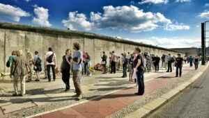 Berliner Mauer entlang der Bernauer Straße