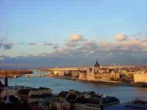 Blaue Donau, Budapest, Ungarn
