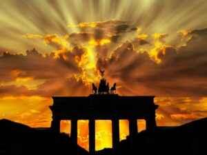 Brandenburger Tor im Sonnenuntergang