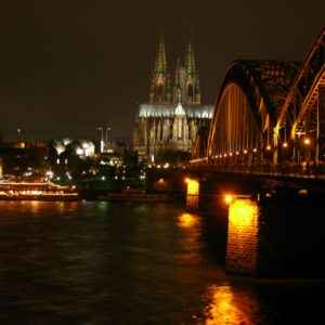 Kölner Dom mit Rheinbrücke, Köln, Deutschland