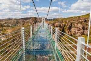 Glasbodenbrücke