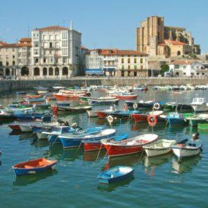 Hafen, Casto Urdiales, Kantabrien, Spanien