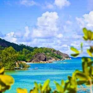 Tropischer Strand auf Curieuse