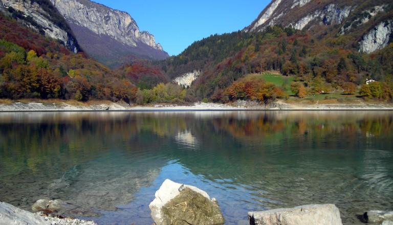 Der Tennosee (Lago di Tenno) in Südtirol