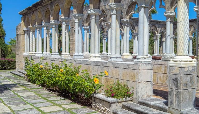 Bahamas-Versailles-Gardens-French-Cloister-auf-Paradise-Island