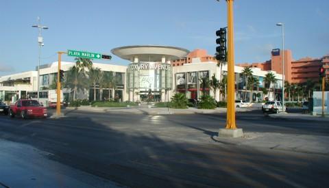 Cancun - Luxury Avenue
