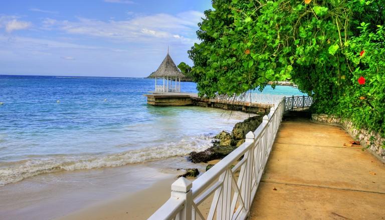 Jamaika-James-Bond-Beach