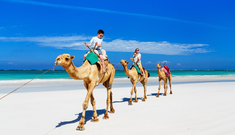 Kenia-Diani-Beach
