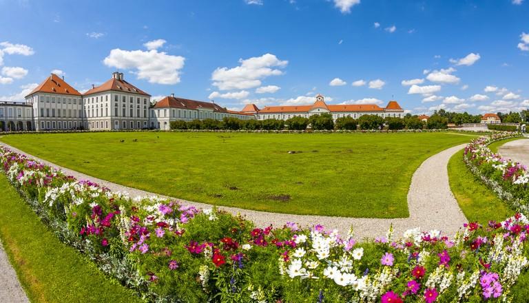 Muenchen-Nymphenburg-Castle.jpg