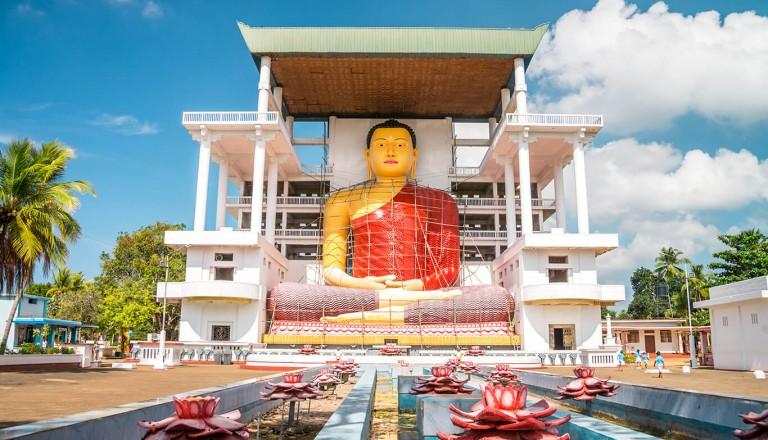 Sri-lanka - Comic-Tempel Weherahena bei Matara