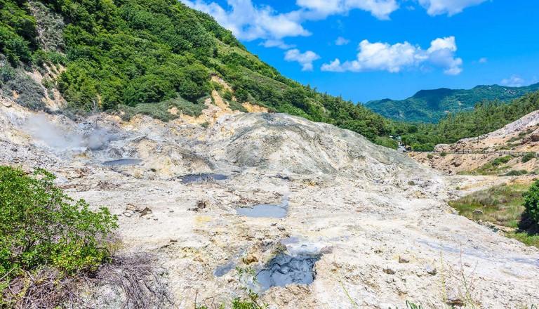 St-Lucia - Sulphur Springs Park