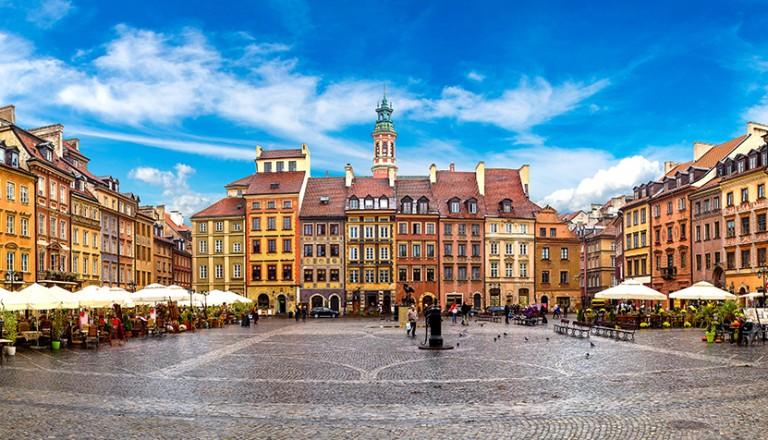 Warschau-Staedtereisen-Besichtigung-der-Altstadt