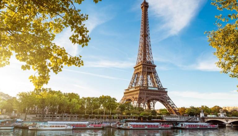 Fluege-Paris
