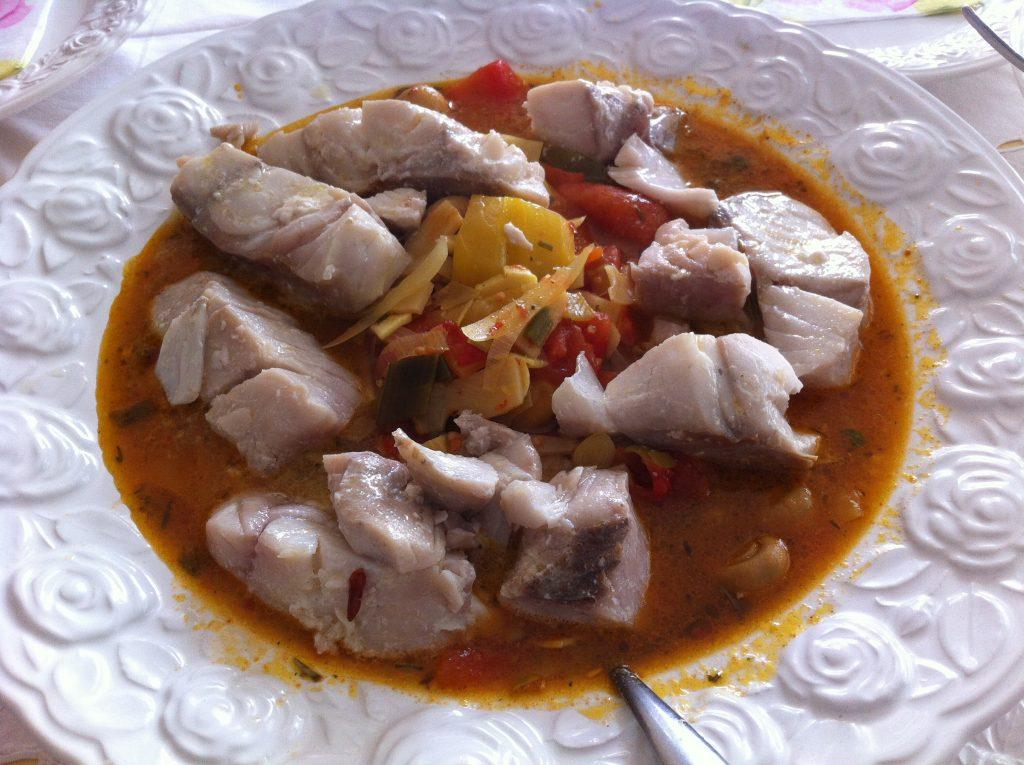 Halászlé ungarische Fischsuppe