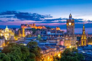 Billigflüge nach Edinburgh