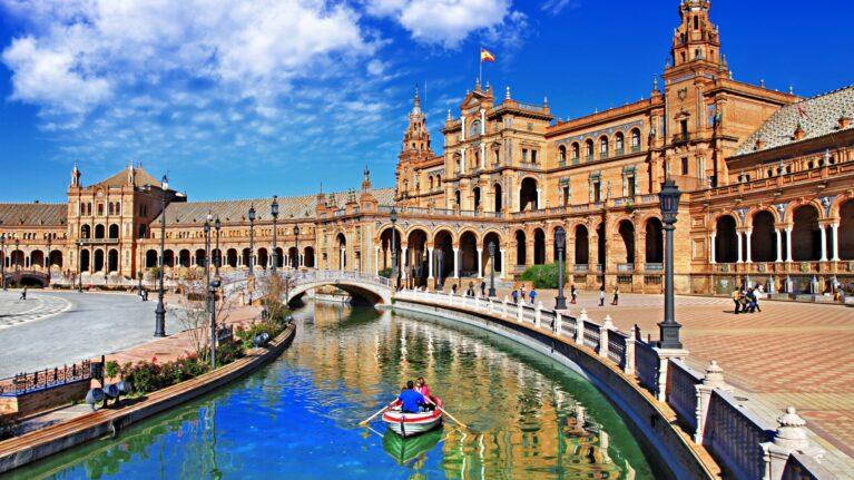 Billigflüge nach Sevilla