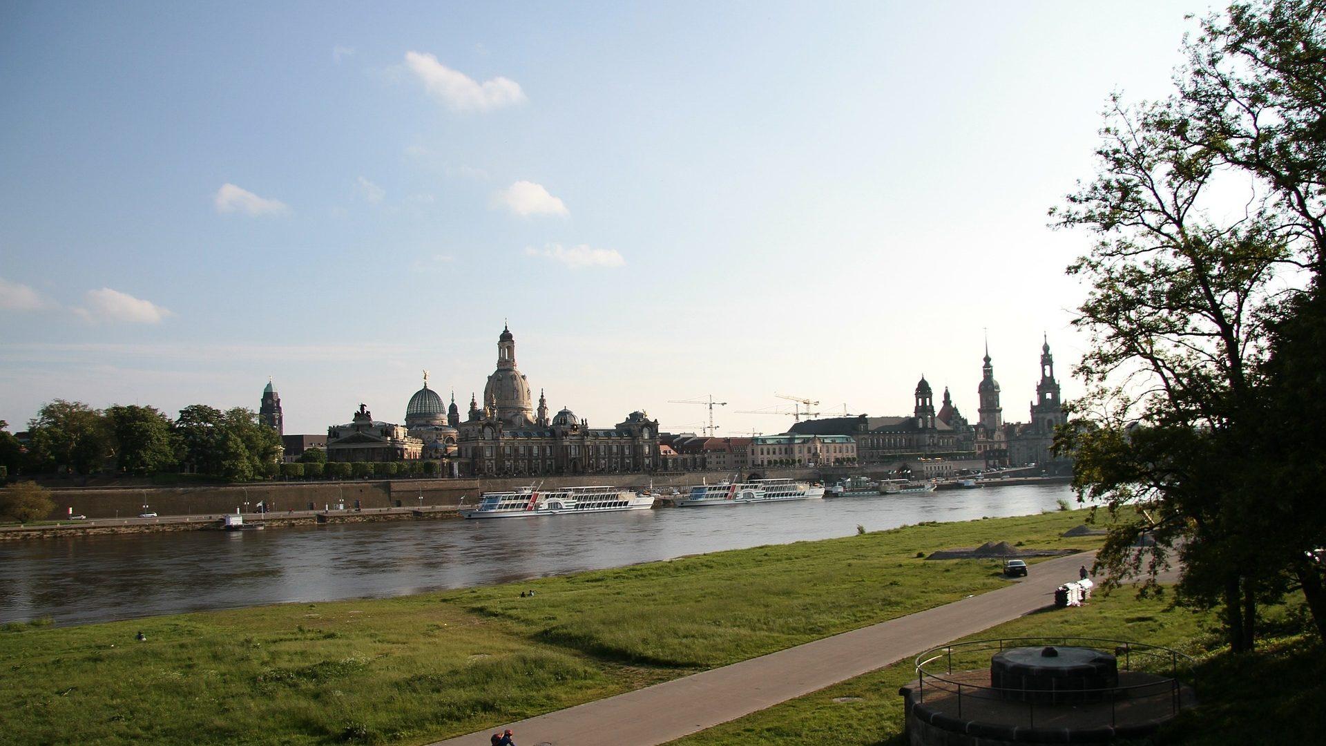 Flüge nach Dresden
