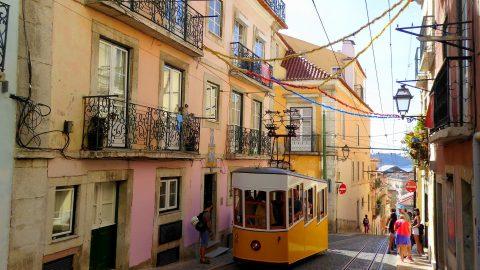 Flüge nach Portugal