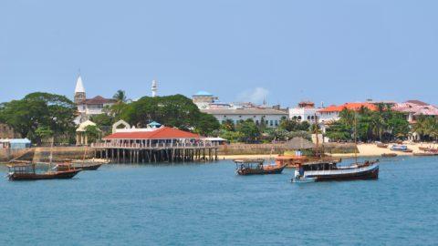 Flüge nach Sansibar