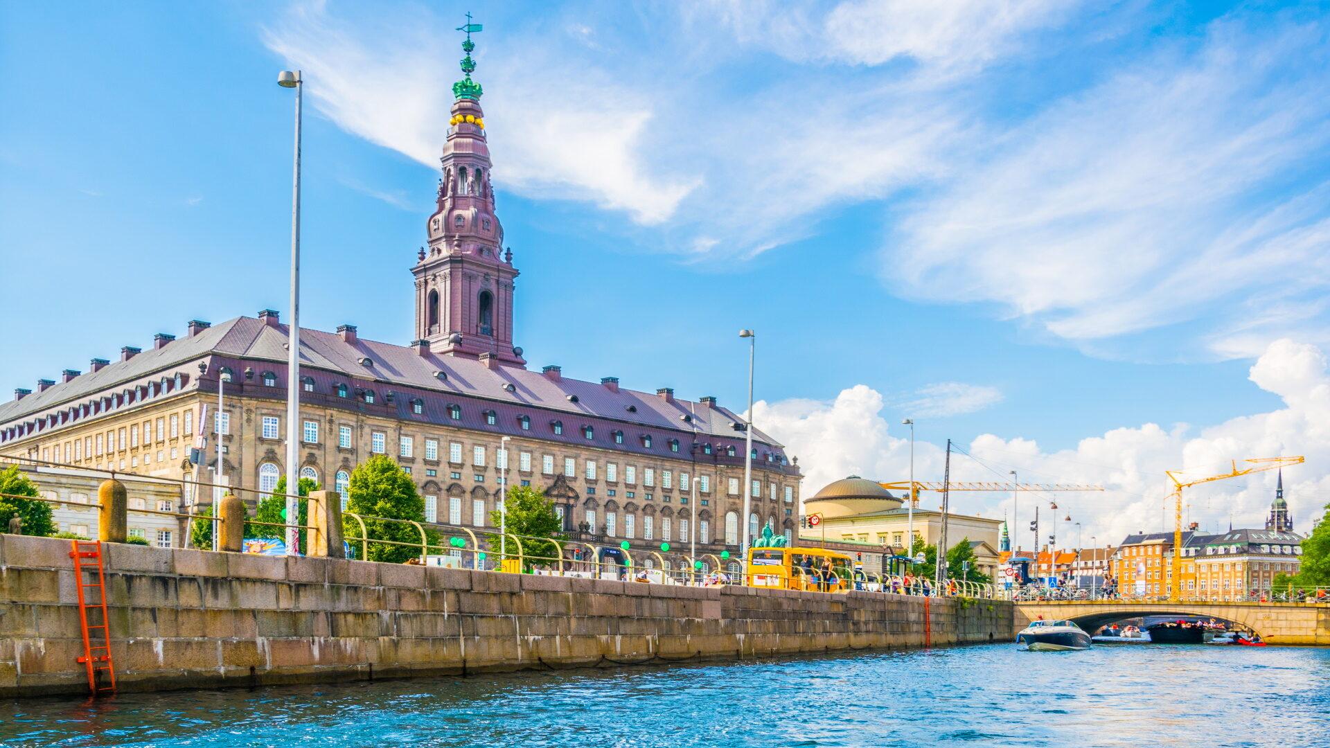 Stuttgart (STR) – Kopenhagen (CPH)