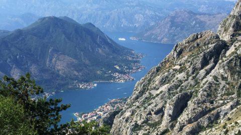 Flüge nach Montenegro