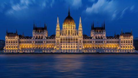 Flüge nach Budapest