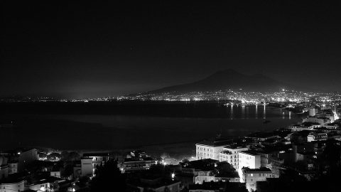 Flüge nach Neapel
