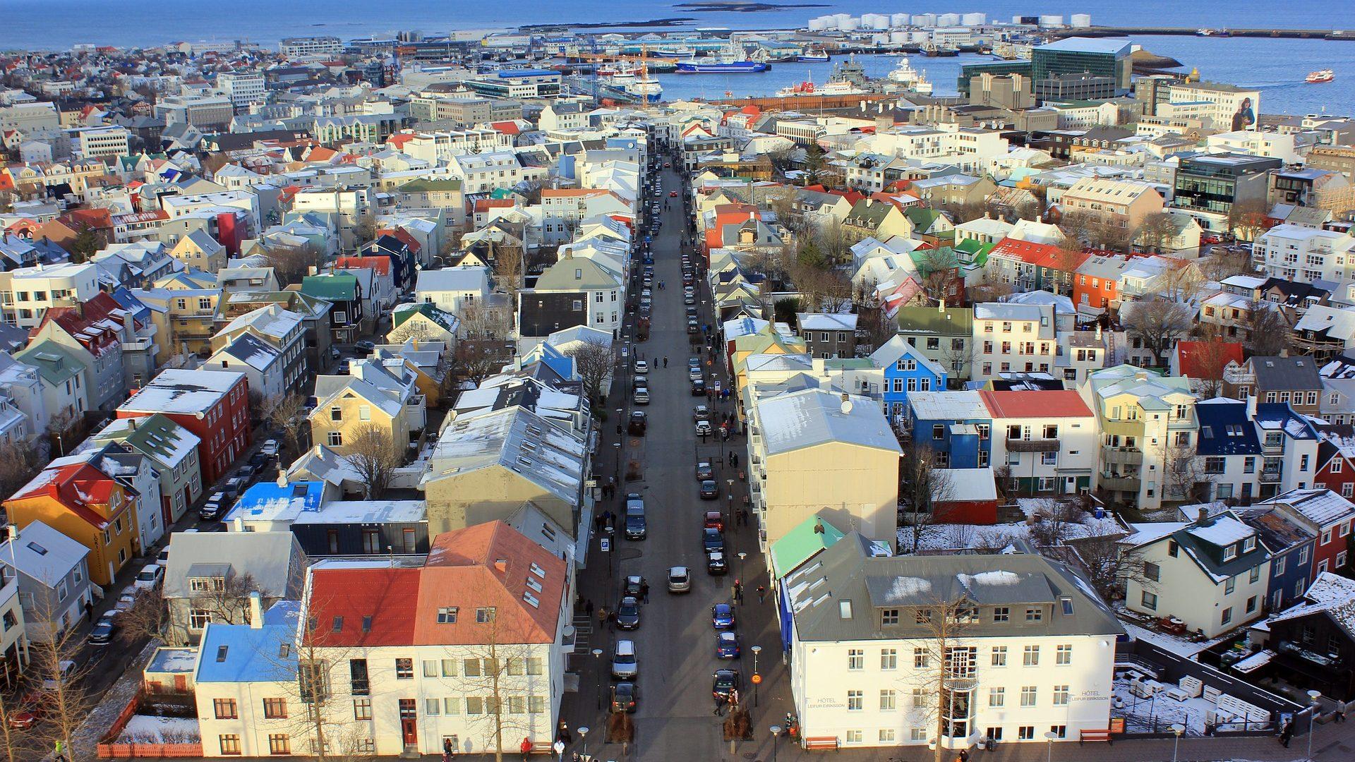 Flüge nach Reykjavik