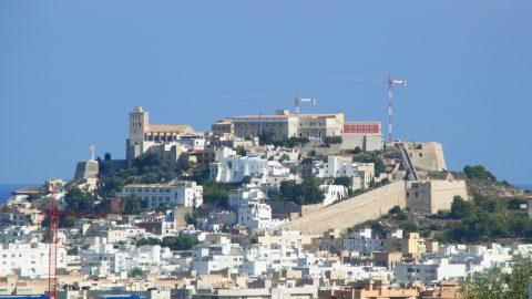 Flüge nach Ibiza