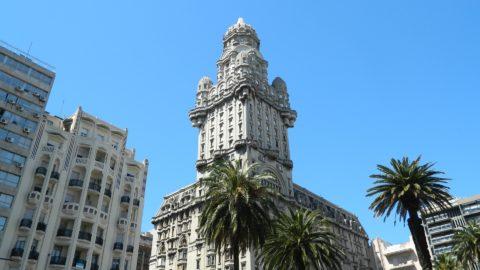 Flüge nach Montevideo