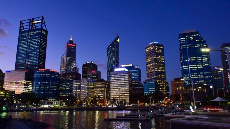 Skyline Perth bei Nacht
