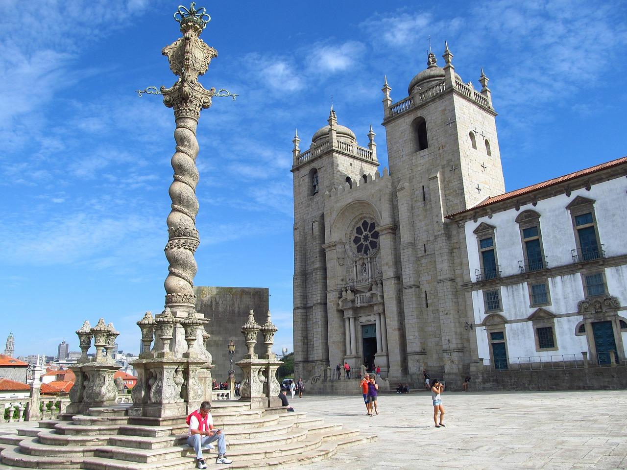 Flüge nach Porto