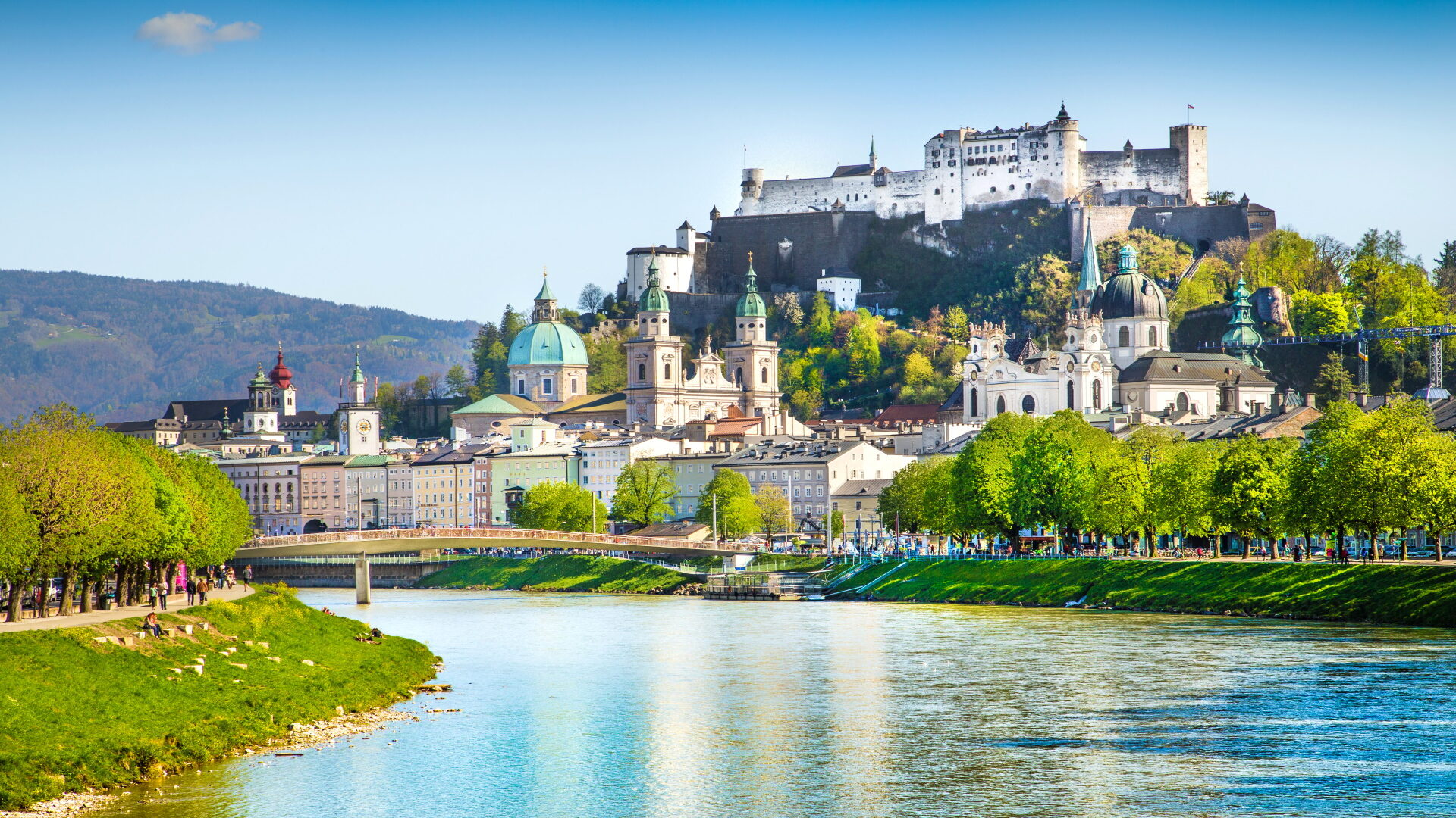 Frankfurt (FRA) – Salzburg (SZG)