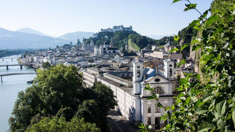 Altstadt Salzburg mit Salzach
