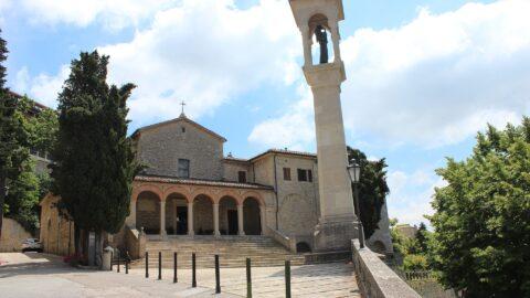 Flüge nach San Marino